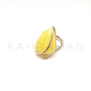 Χειροποίητο δαχτυλίδι από βασιλικό κεχριμπάρι BA0147